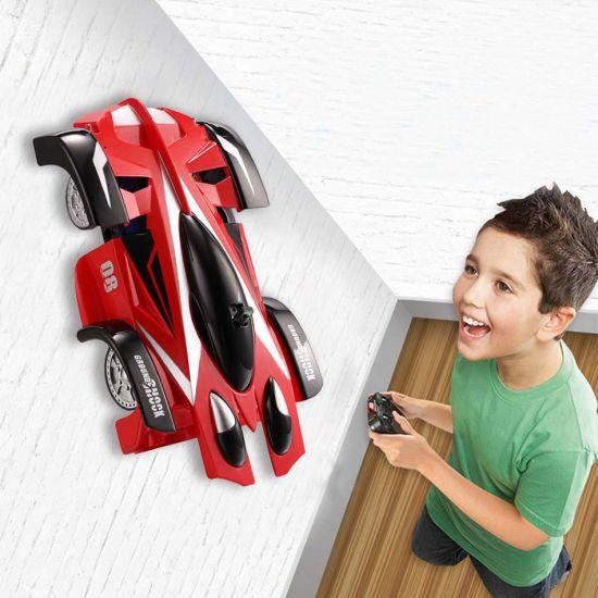Антигравитационная машинка Wall Climber CAR P802 Красная едет по стенам и потолку