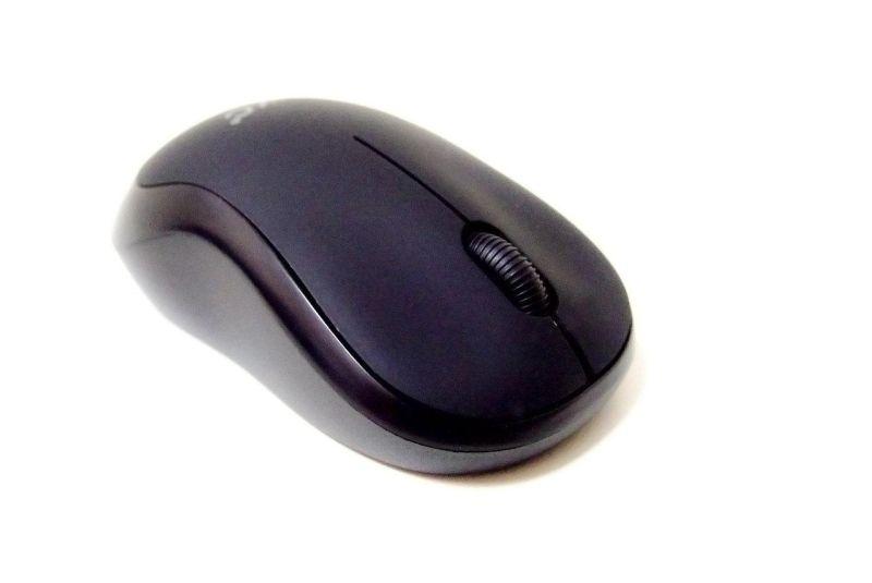 Беспроводная оптическая мышка UKC M185  Black, черная